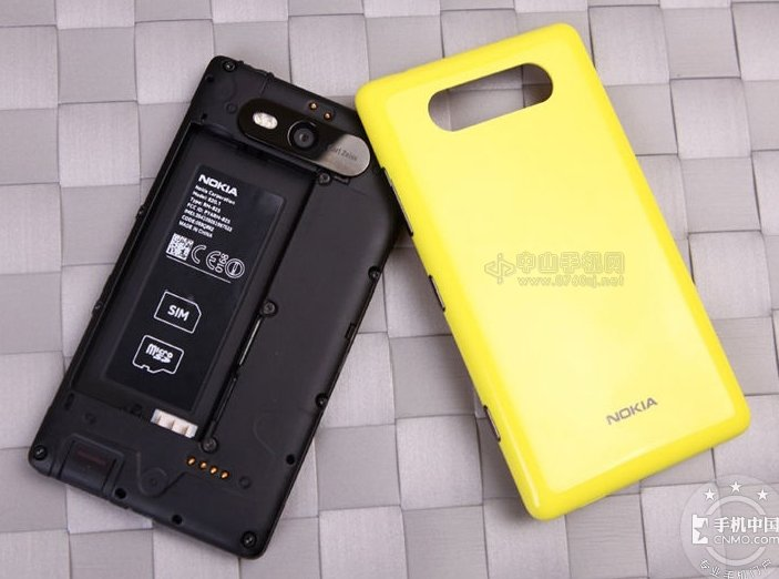 中山NOKIA Lumia 820专卖店 NOKIA Lumia 82